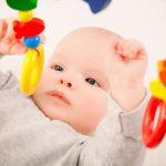 ¿Por qué los bebés se ponen amarillos al nacer?