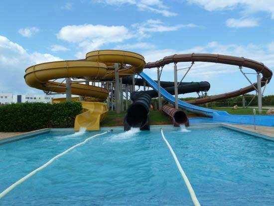 Menorca con niños parques acuáticos